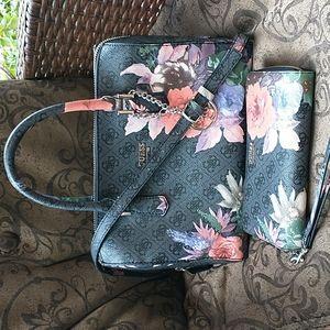 GUESS Wallet & Bag Set Floral